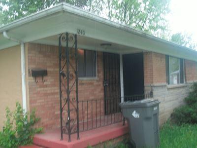 1240 Taylor Dr W. - Barron Property Services